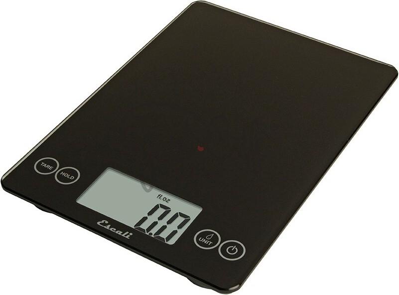 Digitální horizontální váha ESCALI v provedení BLACK s váživostí 0g - 7000g/15LB/248OZ a přesností vážení 1g